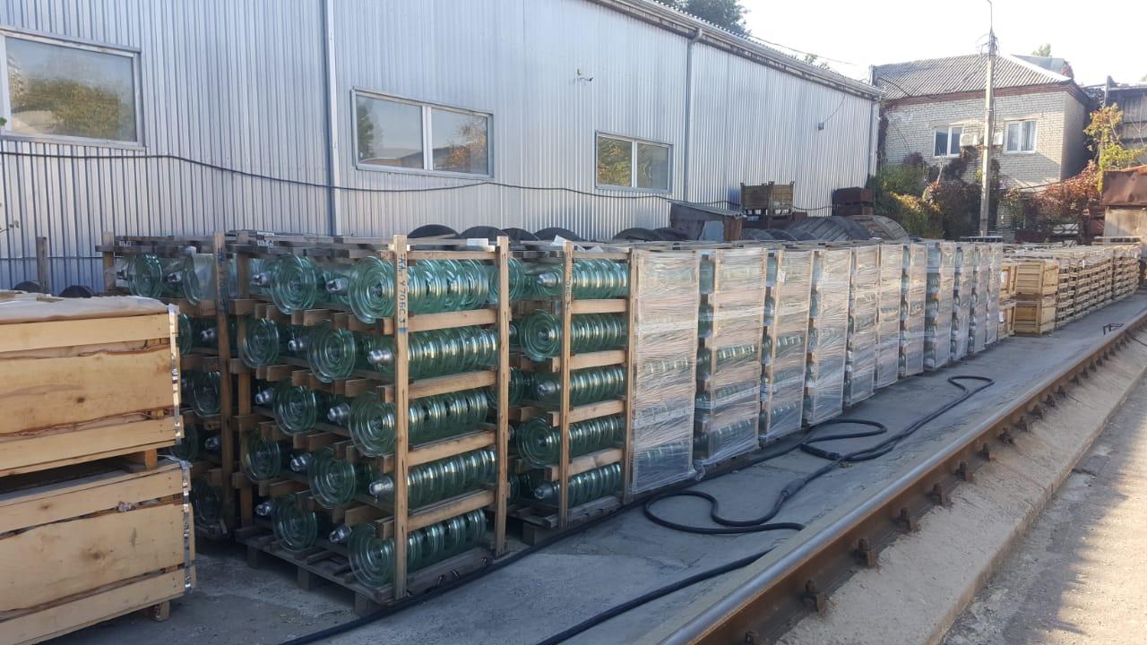 Стеклянные изоляторы ПС-70Е в наличии на складе!